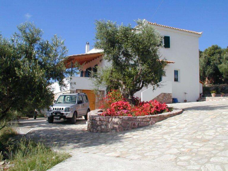 Large Villa, Moussouli