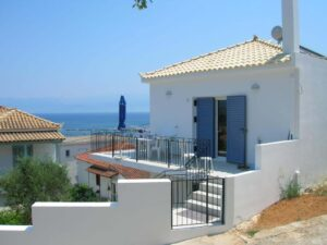 Read more about the article House 1 in Koroni